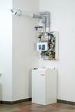 Белый домашний газ-увольнянный боилер Стоковое фото RF