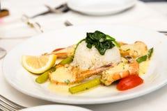 Белый рис с Broiled креветкой Стоковые Изображения