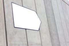 Белый указатель для текста на стене Стоковое Фото
