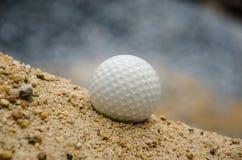 Белый шар для игры в гольф Стоковые Изображения