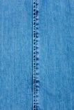 Белый шов на джинсовой ткани стоковая фотография rf