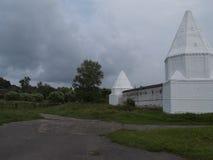 2 белых башни Стоковая Фотография RF