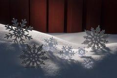 4 белых деревянных рождественской елки, снег Стоковое Изображение RF