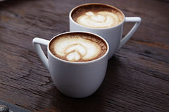 2 белых чашки кофе Стоковые Изображения