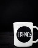 2 белых чашки с надписью Стоковое Фото