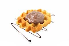 Бельгийские waffles с сливк шоколада Стоковое Изображение