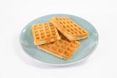 3 бельгийских waffles на сизоватой плите, изолированной на белизне Стоковое Фото