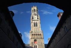Бельфор (колокольня Брюгге) в солнечном после полудня, Брюгге, Бельгии Стоковые Изображения RF