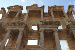 Библиотека в руинах Ephesus античных древнего города в Турции Стоковое Изображение