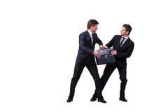 2 бизнесмена близнецов споря друг с другом на белизне Стоковые Фото