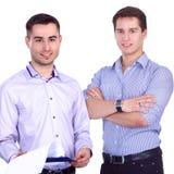 2 бизнесмена стоя изолированный на белой предпосылке Стоковая Фотография RF