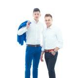 2 бизнесмена стоя изолированный на белой предпосылке Стоковые Фотографии RF