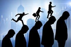Бизнесмены взбираясь лестница карьеры в концепции дела Стоковая Фотография