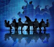 Бизнесмены встречая на восстановлении экономики Стоковое фото RF