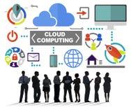 Бизнесмены встречая облако глобальных связей вычисляя Co Стоковые Изображения