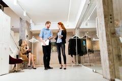 Бизнесмены в движении Стоковые Фото