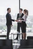 бизнесмены говорить Стоковая Фотография RF