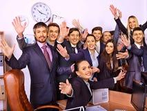 Бизнесмены группы в офисе Стоковые Изображения RF