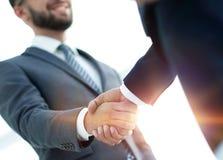 Бизнесмены делая рукопожатие - этикет дела, congratulatio стоковые фотографии rf