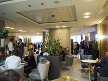 Бизнесмены есть обедающий в ресторане Стоковое Изображение RF