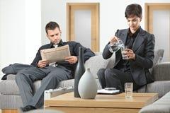 бизнесмены ждать Стоковое Фото