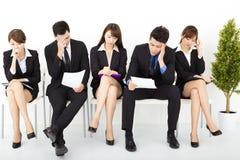 бизнесмены ждать интервью Стоковые Фотографии RF