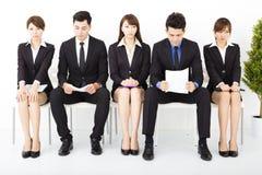 бизнесмены ждать интервью Стоковое Изображение RF