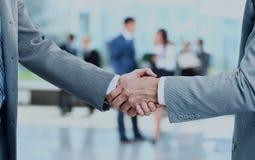 бизнесмены закрывают руки трястия вверх Стоковое Фото