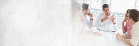 Бизнесмены имея встречу с переходной эффект Стоковое Изображение RF
