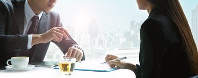 Бизнесмены и бизнесмены женщин Стоковое Фото
