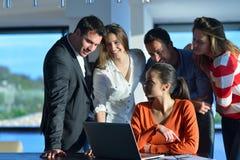 Бизнесмены команды на встрече Стоковое Фото