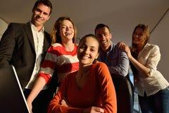 Бизнесмены команды на встрече стоковое фото rf