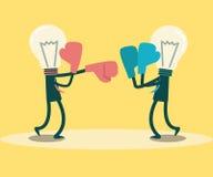 Бизнесмены кладя в коробку и пробивая конкуренция идей Стоковое Изображение RF