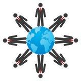 Бизнесмены на глобусе Стоковые Фото