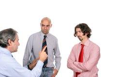 бизнесмены обсуждая новый проект Стоковые Фото