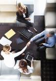 Бизнесмены рукопожатия Стоковое Изображение RF