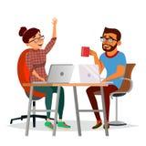 Бизнесмены сидя на векторе таблицы Смеясь над друзья, коллеги офиса человек и женщина говоря друг к другу иллюстрация штока