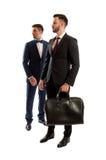 2 бизнесмены смотря на правильной позиции Стоковая Фотография RF