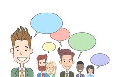 Бизнесмены собирают говорить обсуждающ сеть Social связи болтовни Стоковые Изображения