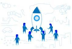 Бизнесмены стоя на запуская стратегии метода мозгового штурма сыгранности концепции проекта ракеты эскизе startup горизонтальном бесплатная иллюстрация