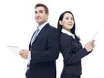 Бизнесмены с планшетом Стоковое Изображение
