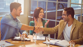 Бизнесмены тряся их руки Стоковая Фотография RF