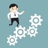 Бизнесмен бежать на растущей диаграмме сделанной из шестерней Illus вектора Стоковые Фото