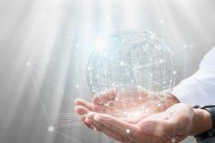 Бизнесмен держа в руке с глобальной концепцией соединения стоковые фотографии rf