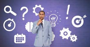 Бизнесмен думая в последовательности с идеями и значками бредовой мысли отростчатыми стоковые изображения rf