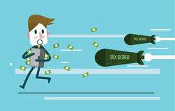 Бизнесмен держа случай и бег денег далеко от бомбы налога Стоковое Изображение