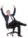 Бизнесмен зевая, обе руки вверх Стоковое Фото