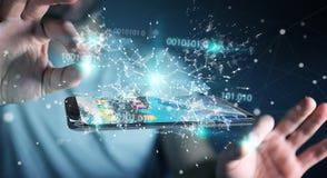 Бизнесмен используя цифровой бинарный код на renderi мобильного телефона 3D Стоковые Фотографии RF