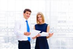 Бизнесмен и женщина дела Стоковое Изображение