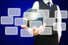 Бизнесмен и цифровой глобус Стоковые Фото